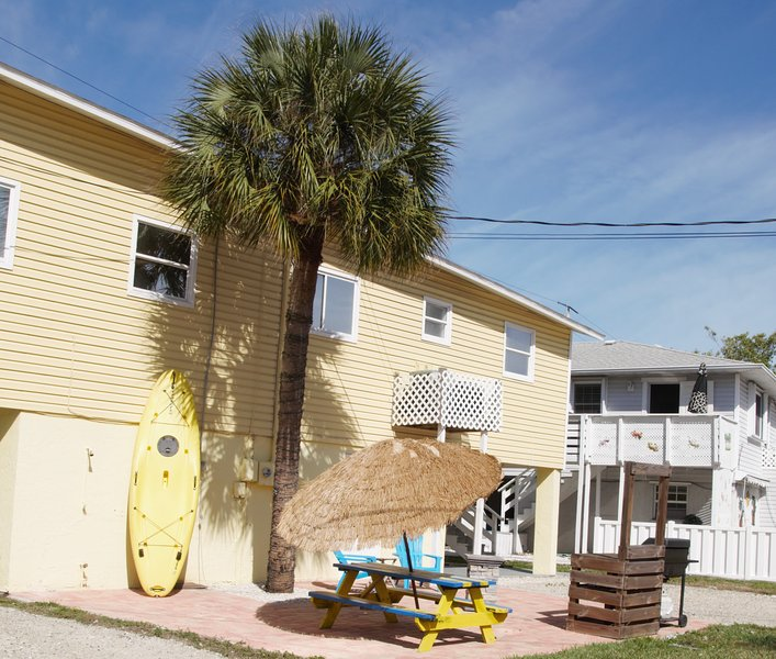 Fully Remodeled Vacation Rental Anna Maria Island, holiday rental in Holmes Beach