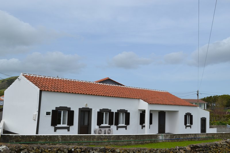 Casa do Lajedo, vacation rental in Cabo Da Praia