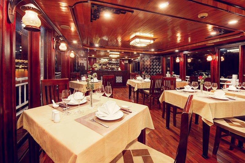 Swan Cruises restaurante