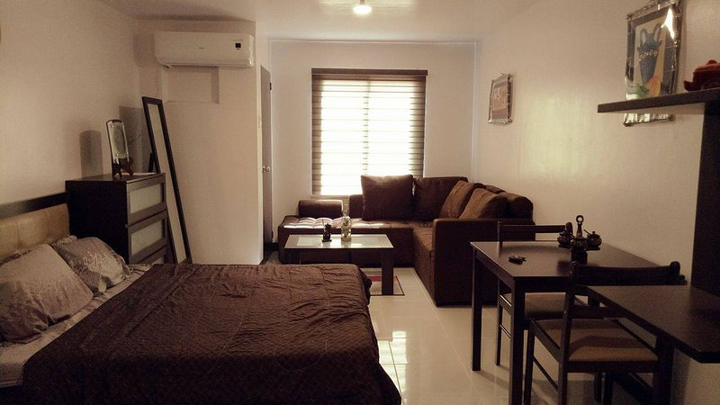 Darvy Suites, holiday rental in Muntinlupa