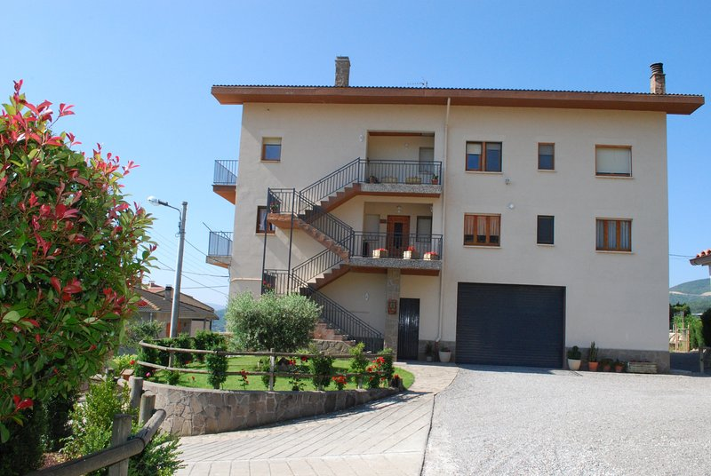Cal Serveró ' Roc de Rombau', vacation rental in Organya