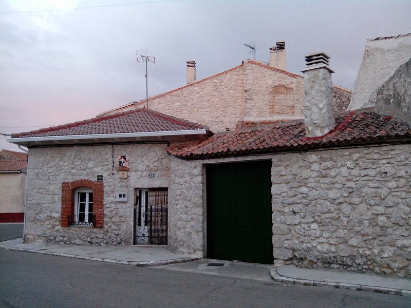 Casa rural El Camino, holiday rental in Campo de Cuellar