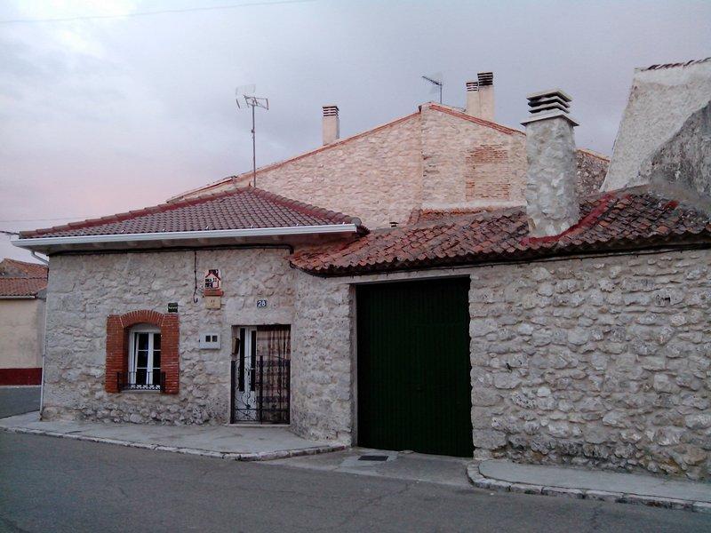 Casa rural El Camino, alquiler vacacional en Portillo