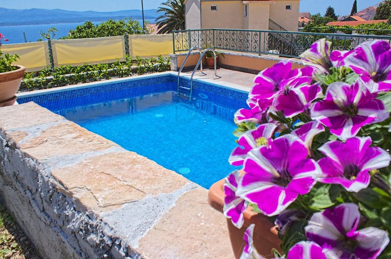 Villa Miss O with a pool near the town of Bol on the island of Brac