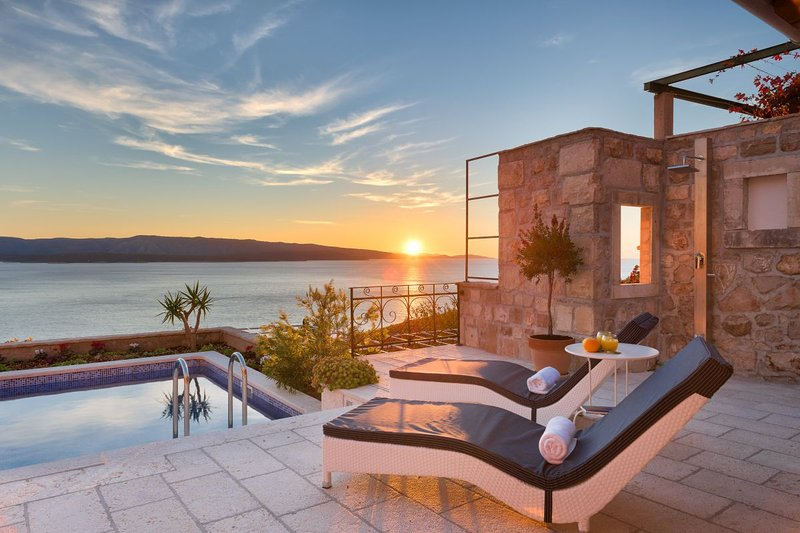 Luxury Villa Murvica with a pool, in Murvica on the island of Brac, vacation rental in Bol