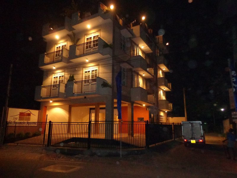 02 bedroom apartment for Rent in Kelaniya Sri Lanka, vacation rental in Kiribathgoda