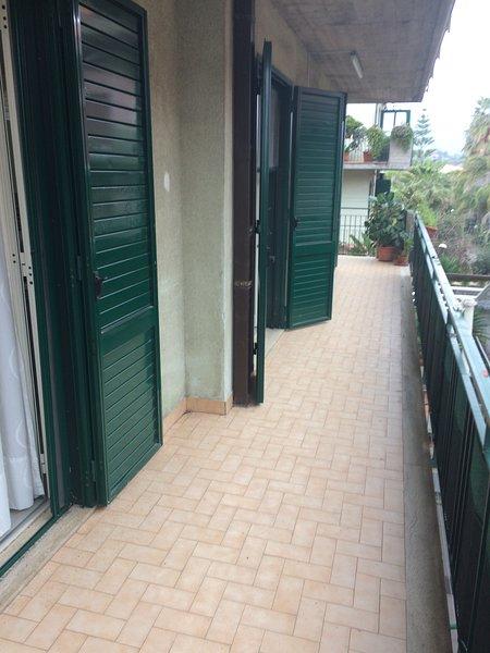 Fondachello Casa fronte mare, vacation rental in Mascali