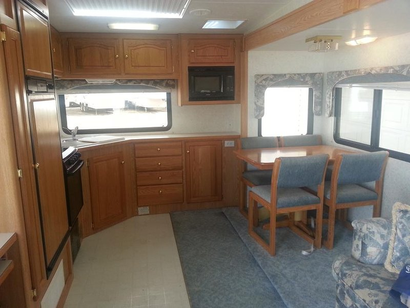 RV for Rent, Rental 29 FT Citation, aluguéis de temporada em Metchosin