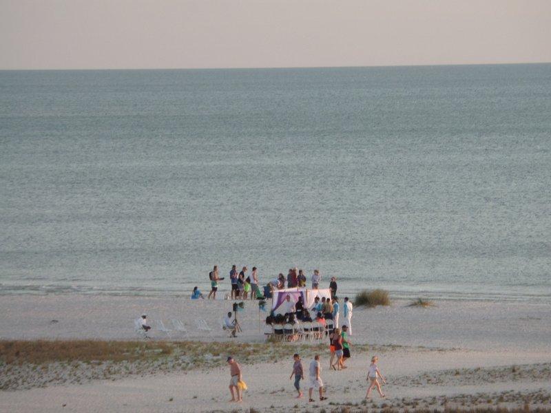 Otro matrimonio directamente en la playa.