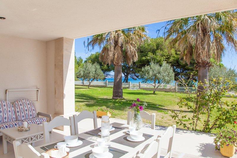 SUN OF THE BAY VIDALBA 2 (B2 - A2) - Apartment for 6 people in Port d'Alcudia, casa vacanza a Playa de Muro