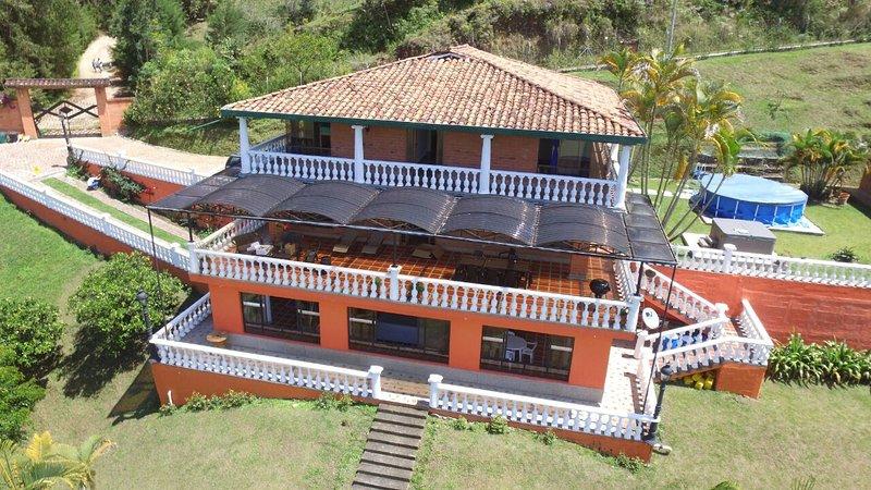 Lakeside in  Guatape /El Penol Area, aluguéis de temporada em Guatape