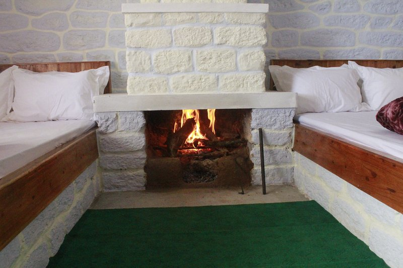 Chimney, 2 double beds