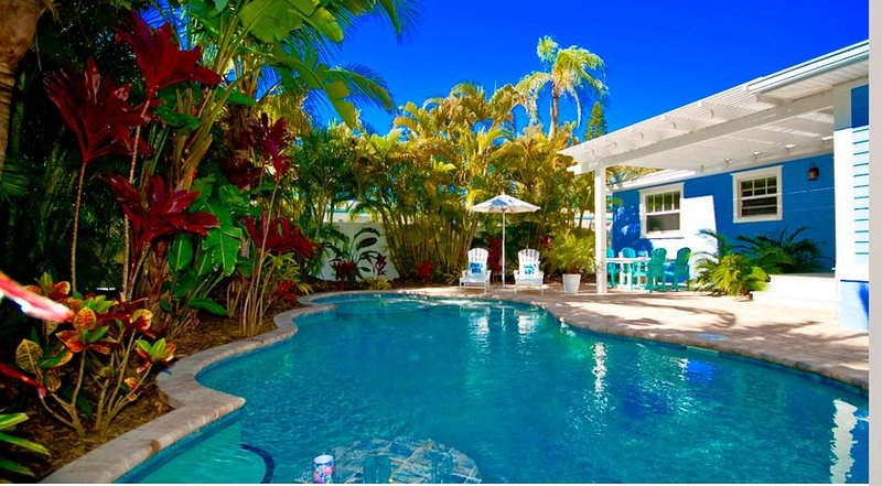 Beautiful Pool Home!