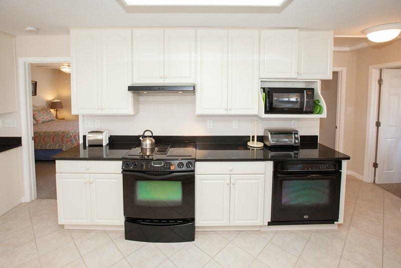 Microwave,Oven,Indoors,Kitchen,Room