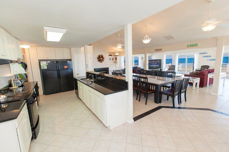 Fridge,Refrigerator,Indoors,Room,Dining Table