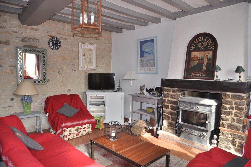 Gite de charme à Ségrie (Nord Sarthe), Meublé de tourisme 3 étoiles, holiday rental in Sille-le-Guillaume