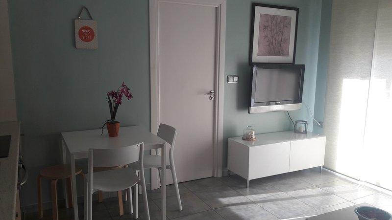 Apartamento coqueto y bien situado, holiday rental in Piles