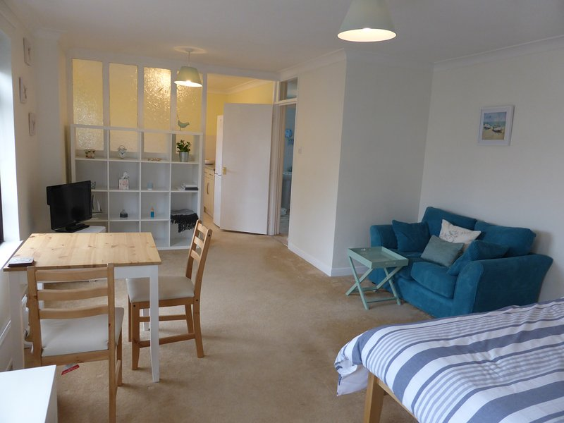 Central Sidmouth apartment with sea peeps, vakantiewoning in Otterton