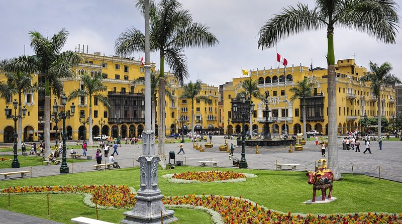 CENTRO DE LIMA (Lima Downtown) 30 minutes by taxi.