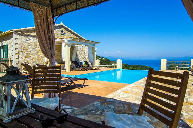 A coffe table next to the villa..