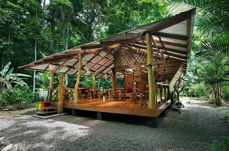 The Dream Deluxe House of Congo Bongo EcoVillage Costa Rica, holiday rental in Manzanillo