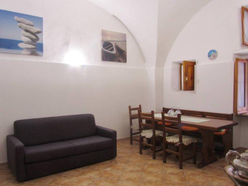 Gaeta Centro Storico Palazzetto Indipendente pochi passi da Mare Natura Cultura, aluguéis de temporada em Gaeta