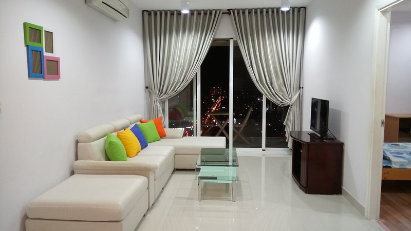 Two-bedroom apartment for rent. Front Beach & city center view, Ferienwohnung in Vung Tau