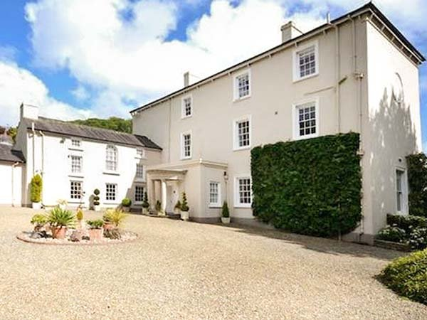 RHYDLANDGOED, fantastic gardens,character features, countryside views in, vacation rental in Llanteg