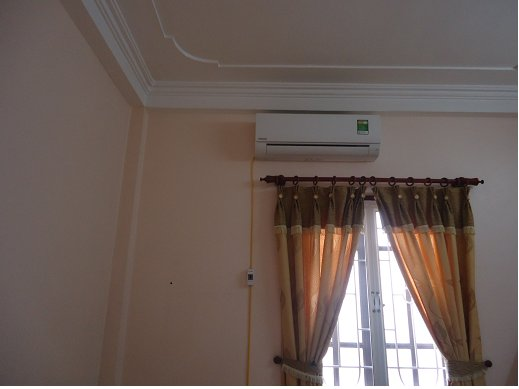 Sala 3: condicionador de ar novo, de boa qualidade