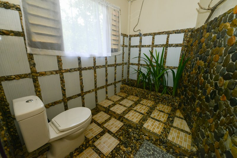bathroom(river room)