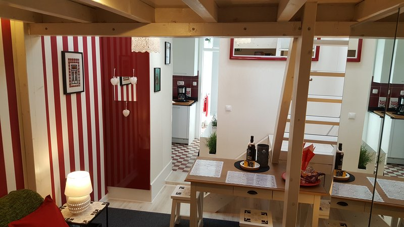 3 avis et 29 photos pour Studio 2 with Mezzanine, Rua da Moeda, nº1 ...