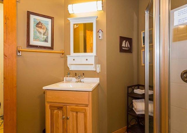 Queen bedroom's en suite bathroom with walk in shower