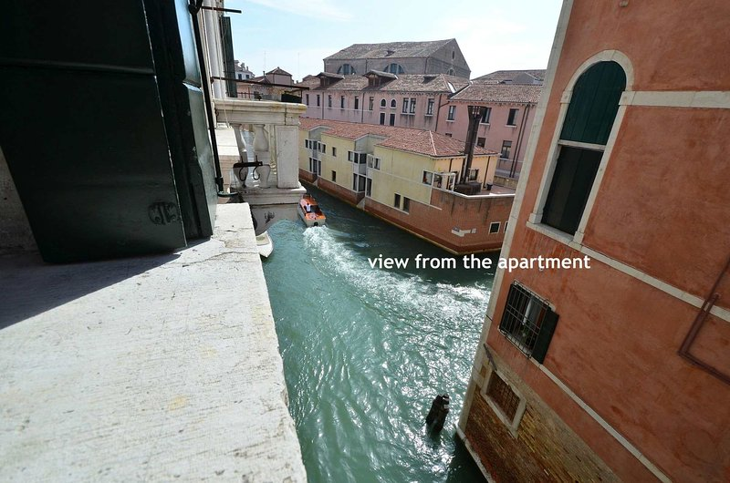 2 apartments like a big one with canal view, overlooking a Canal, internet WiFi
