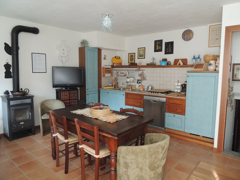 Appartamento Bardonecchia - Baita Virginia- 6 persone, vacation rental in Bardonecchia
