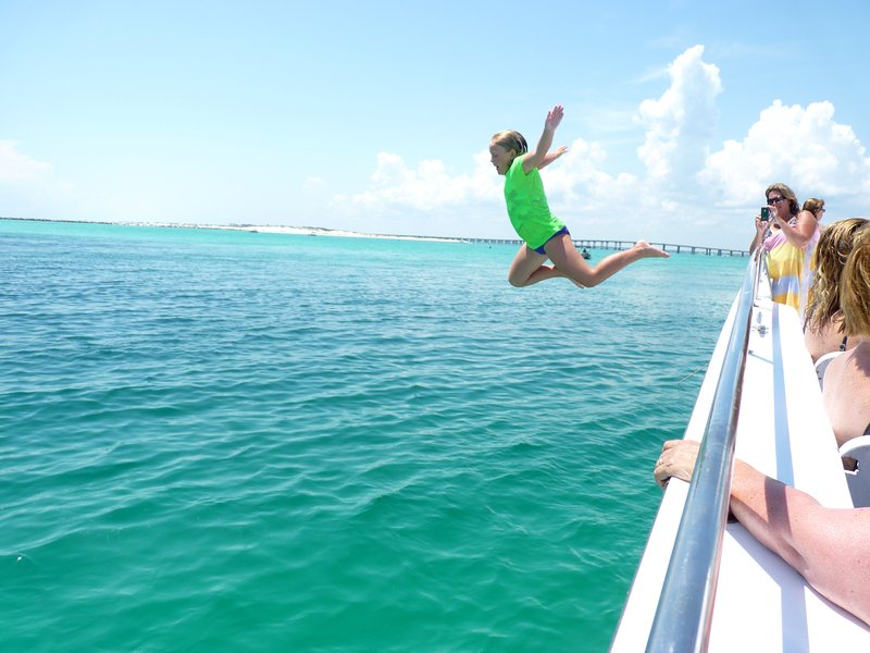Jump into your fabulous vacation at Grand Caribbean East #101!!