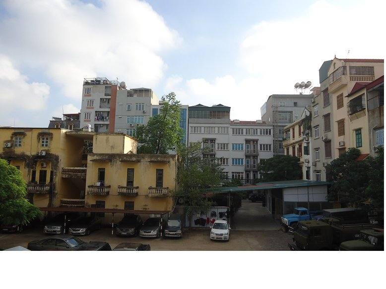 Behind the house is parking cars and Nguyen Khang Street. So airy and clean
