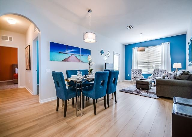 Fantastic 3-bed, 2-bath condo just steps from the clubhouse, gym and pool!, vacation rental in Orlando