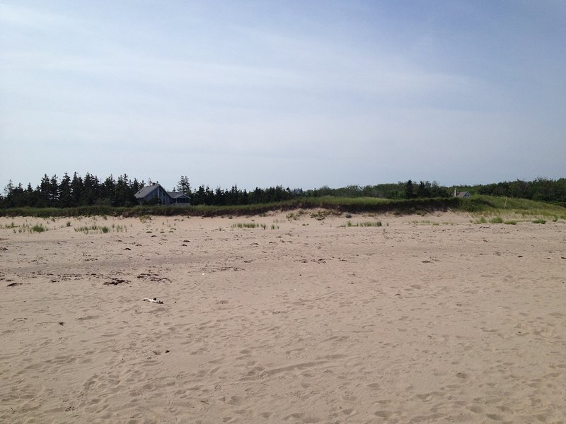 Enjoy Gorgeous Sunsets On This Rare Sandy Beach, holiday rental in Bayfield