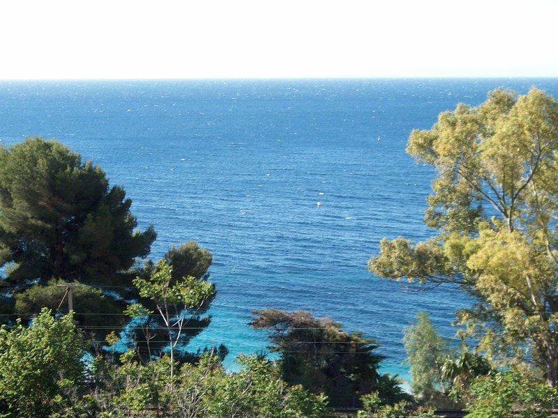 RESIDENCE SITUATO A ROQUEBRUNE CAP S MARTIN, vacation rental in Roquebrune-Cap-Martin