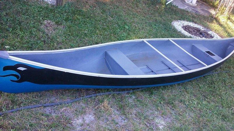 L'utilisation gratuite de 16 'canot pour visiter les îles de plage à quelques minutes, dauphin suivre le canot