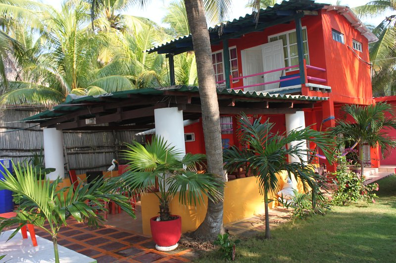 Oceanfront Tropical Paradise Viewing the Ocean and Estuary (Barra de Santiago), holiday rental in Ahuachapan Department