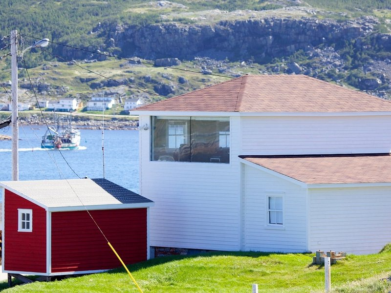 The Old Salt Box Co. Mary's Place, holiday rental in Fogo Island