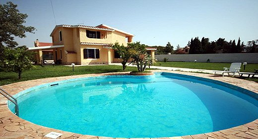 villa Bruna with swimming pool with 4 bedrooms, vacation rental in Flumini