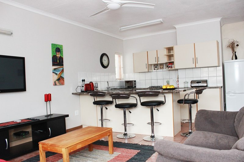 Guest House, vacation rental in East London