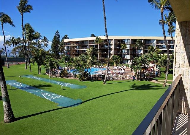 Maui Sunset 221B~ Beautiful 2 BR, 2 BA, with Wonderful Ocean Views!, location de vacances à Kihei