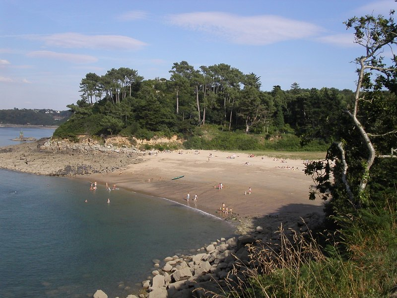 Gite avec vue panoramique sur la mer, vacation rental in Ploumilliau