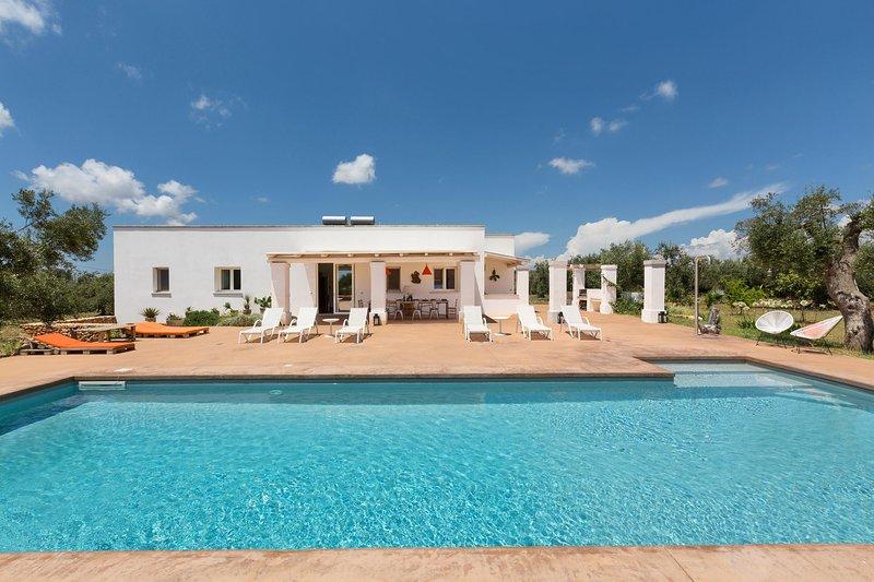 Villa Rosalorè; Apulia, vacation rental in Ugento