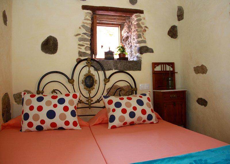 Casa Rural La Pileta-Alojamiento Doramas, holiday rental in El Burrero
