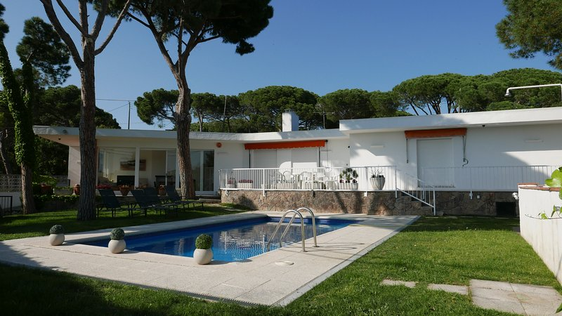 Magnífica casa con piscina, vacation rental in Platja d'Aro