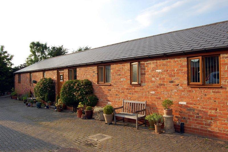 1 Paddock cottage